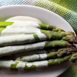 Simple Asparagus Hollandaise Sauce (Vegan, Gluten-free, Oil-free)