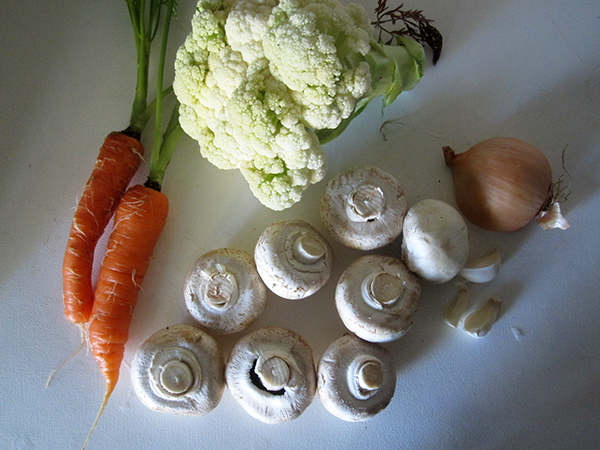 Vegan Cauli Mushroom Carrot Curry