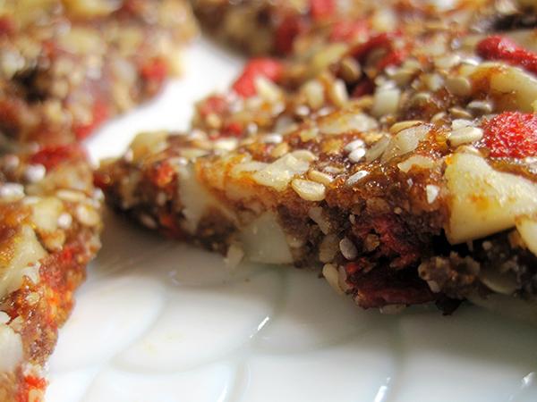 Goji Berry Granola Slices (Vegan, Gluten-free)