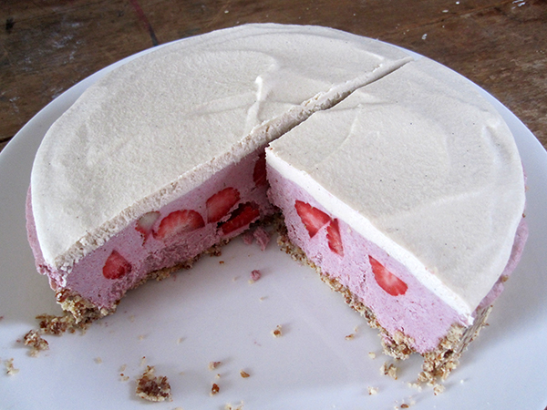 vegan gluten-free no bake strawberry cake