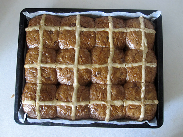 Vegan Gluten-Free Hot Cross Buns