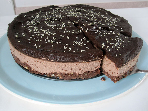 Vegan Gluten-free Egg-Free Dairy-Free Raw No-Bake Chocolate Cake