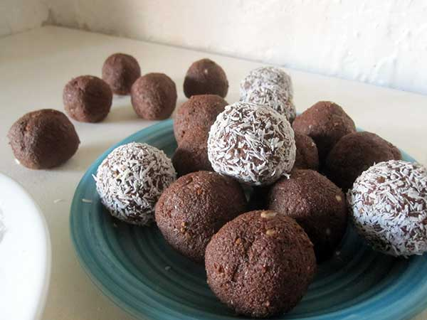 Vegan Gluten-free Chocolate Balls