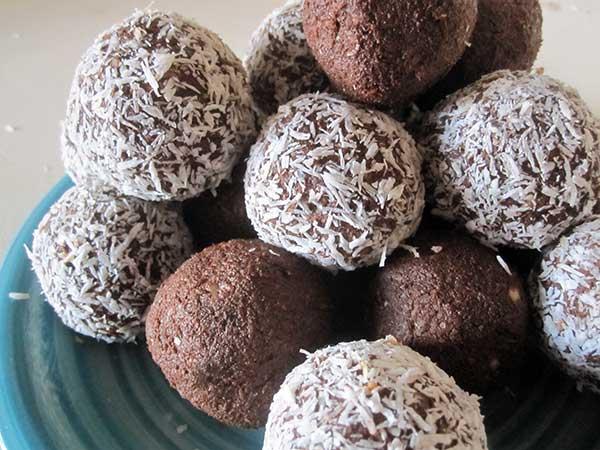 Vegan Gluten-free Coconut Chocolate Bliss Balls