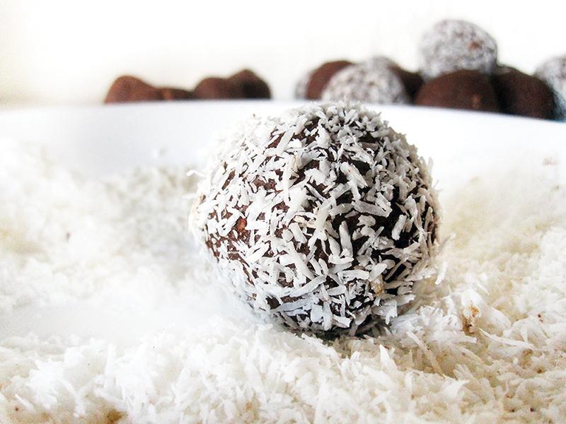 Chocolate Balls Vegan Gluten-free Fruit-Sweetened Recipe