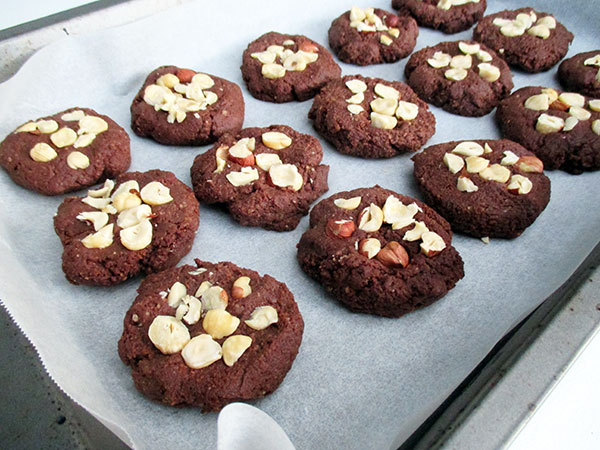 Vegan Gluten-free Hazelnut Chocolate Cookies