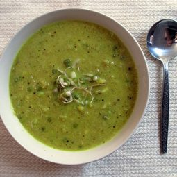 Curried Cauliflower Soup with Mung Bean Sprouts