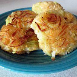 Leek Polenta Cakes (Vegan, Gluten-free)