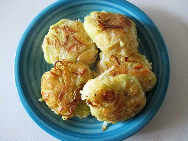 Vegan Gluten-free Leek Polenta Cakes