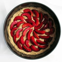 Pflaumen Walnuss Kuchen (Vegan, Glutenfrei)