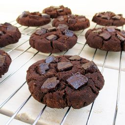 Nut-Pulp Chocolate Cookies (Vegan, Gluten-free)