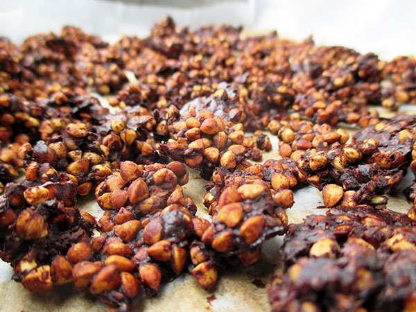 Vegan Gluten-free Refined-Sugar-Free Low-Fat Oil-free Crispy Chocolate Buckwheat Muesli