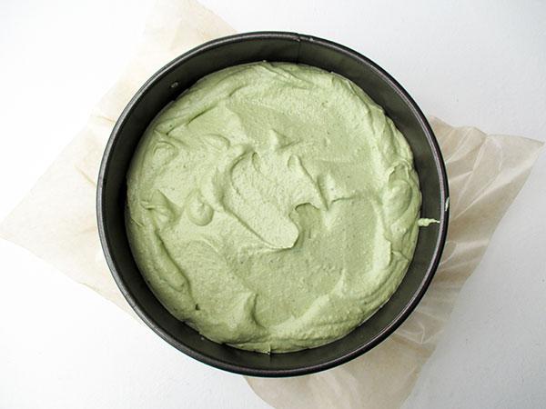 Vegan Gluten-free Dairy-Free Egg-Free No-Bake Raw Lime Strawberry Cake Recipe