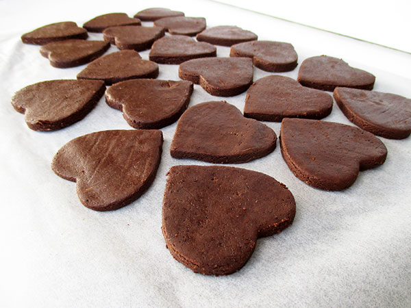 Say It With A Chocolate Cookie Vegan Gluten-free Nut-free No-Added-Oil Chocolate Cookie with White Chocolate Glazing Recipe