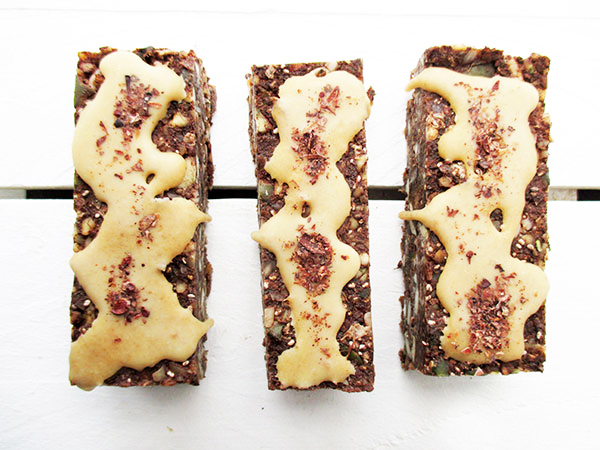 Vegan Gluten-free Nut-free No-Bake Raw Chocolate Energy Bars Recipe
