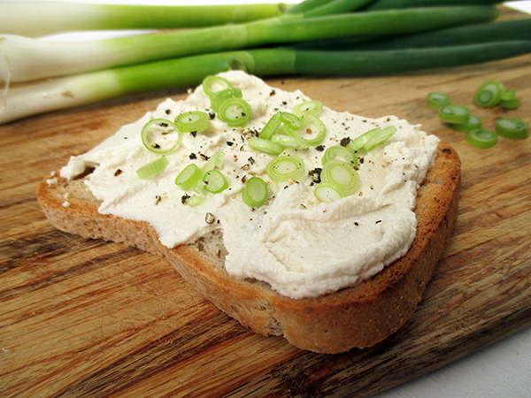 Vegan Gluten-free Dairy-free Soy-free Cultured Cashew Cream Cheese Recipe Streich Kaese Rezept