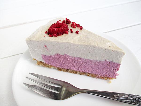 No-Bake Vegan Gluten-free Dairy-free Refined Sugar Free Raspberry Vanilla Cake Torte Recipe Rezept