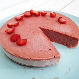 Light Strawberry Ice-Cream Cake (Vegan, Gluten-free, Low-Fat, No Refined Sugar)