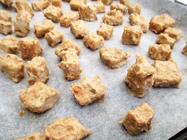 Vegane Glutenfreie Geroestete Kuerbis Rote Beete Suppe Rezept Mit Kaese Croutons
