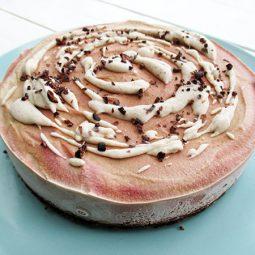 Nix-Backen Pink Chai Torte (Vegan, Glutenfrei, ohne Kristallzucker)
