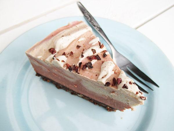 No-Bake Vegan Gluten-free Pink Chai Cake Without Refined Sugar Recipe