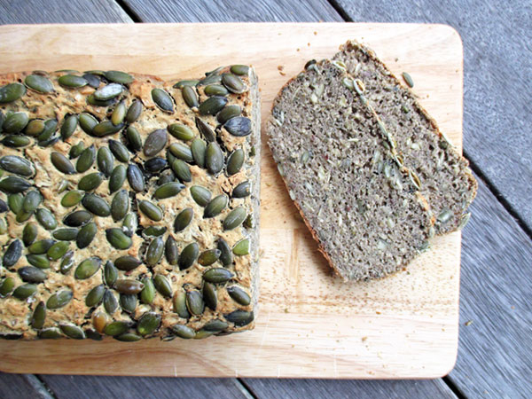 Vegan Gluten-free Dairy-free Egg-free Pumpkin Bread Recipe - Veganes Glutenfreies Kurbiskern Brot Rezept