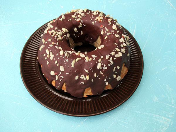 Vegan Gluten-free Banana Cake With Peanutbutter Chocolate Frosting Recipe Bananen Kuchen Mit Erdnussbutter Schoko Glasur Rezept