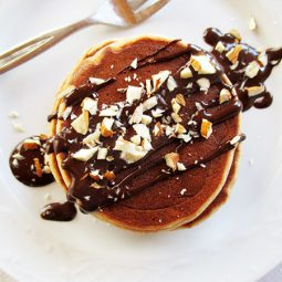 Mini Almond Pancakes (Vegan, Gluten-free, No Refined Sugar)