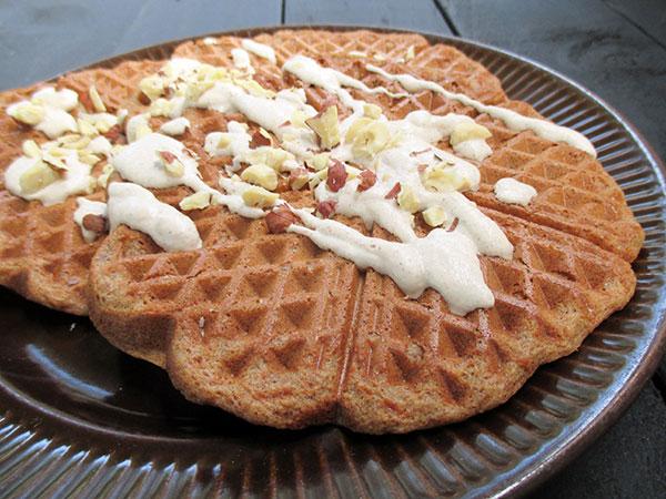 Vegan Gluten-free Hazelnut Waffles Recipe - Vegane Glutenfreie Haselnuss Waffeln Ohne OelRezept