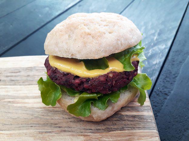 Vegan Gluten-free Beetroot Burger Oil-free Recipe - Vegane Glutenfreie Buchweizen Rote Beete Burger Bratlinge Rezept Ohne Oel Ohne Soja