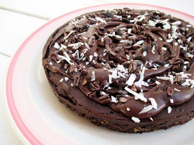 Vegan Gluten-free No Bake Avocado Chocolate Mousse Cake Without Nuts Recipe - Veganer Glutenfreie Nix Backen Avocado Schoko Mousse Kuchen Ohne Nuesse Rezept