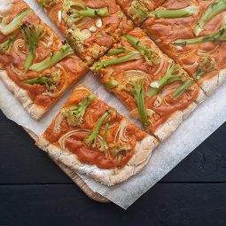 Smoky Cashew Capsicum Pizza Without Tomato (Vegan, Gluten-free, No Added Oil)
