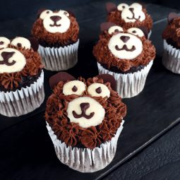 Bear Chocolate Cupcakes (Vegan, Gluten-free, No Refined Sugar)